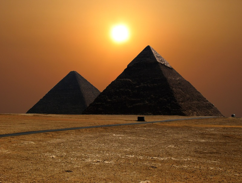 magic-pyramids-giza-egypt